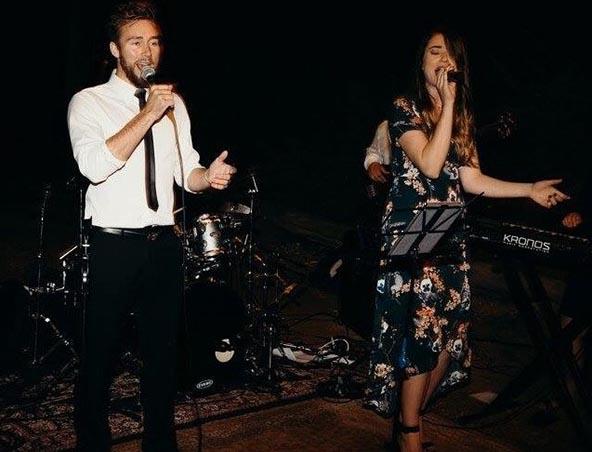 Carolyn Thomas Duo - Perth Acoustic Duo