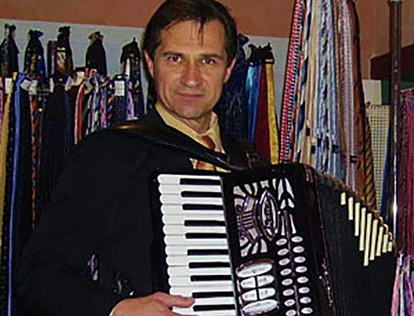 Perth Piano Accordion Player Perth