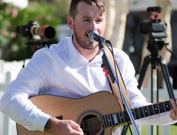 Perth Acoustic Singer Jesse - Musicians - Wedding Singer