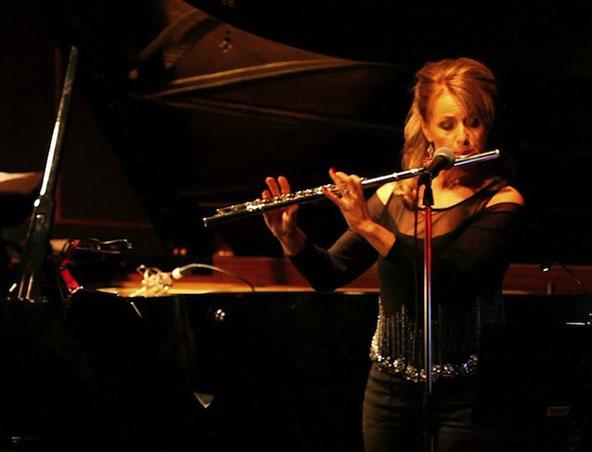 Laura Bernay Perth Singer - Jazz Bands - Entertainers