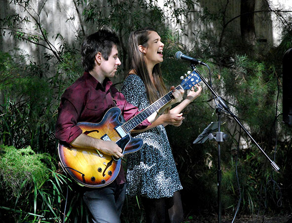 No Limits Music Duo Perth - Singers - Musicians