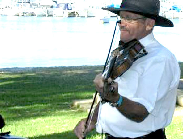 Perth Violinist Fiddle Player - Musician - Bush Band